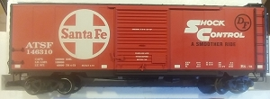 USED USA Trains Santa Fe 40' Boxcar with steel wheels #146310
