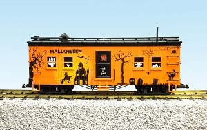 USA Trains Halloween Bunk Car
