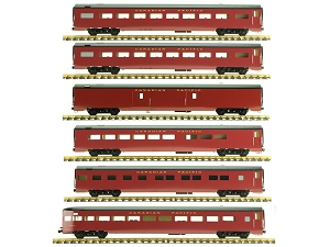 Accucraft Canadian Pacific, Maroon, 6 Car Passenger Set, Diner and 1 Coach are open box